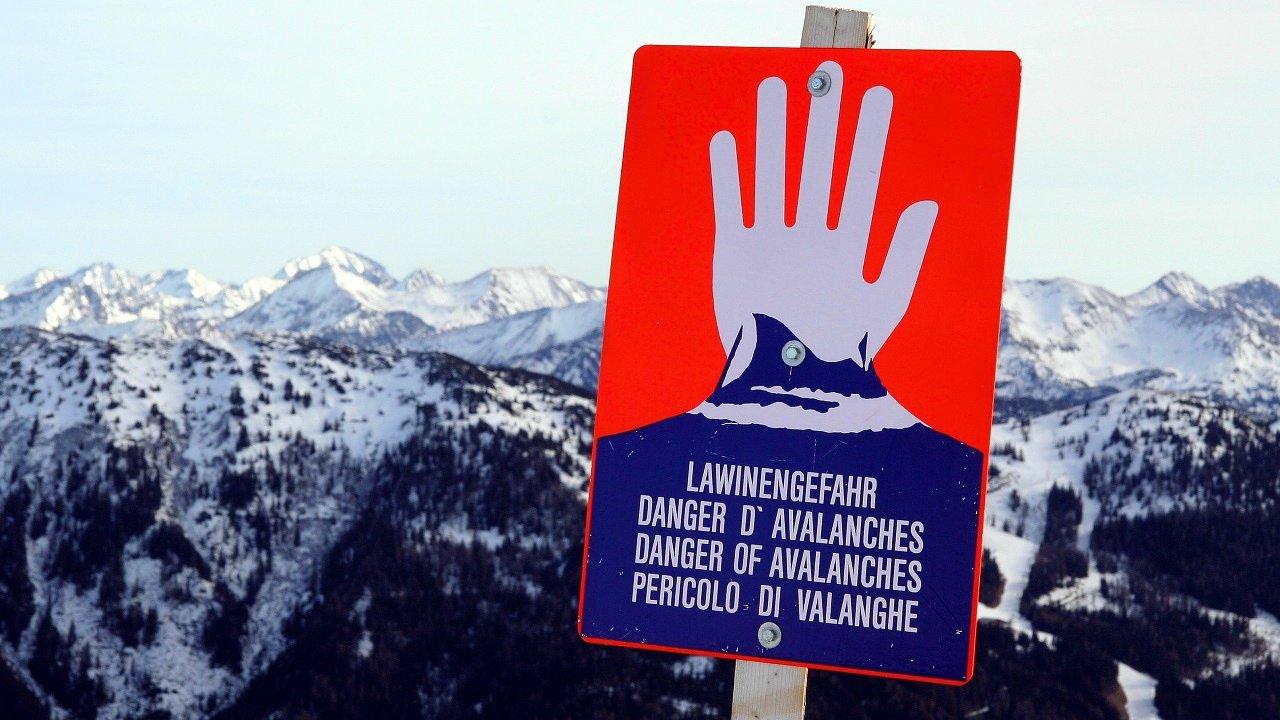 Jetzt Vorsicht bei Skitouren! Erhebliche Lawinengefahr!